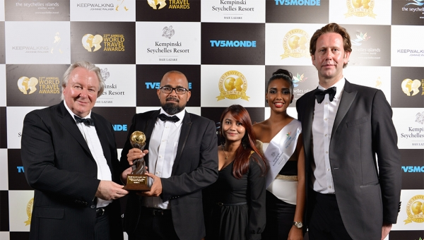 MALDIVES - Indian Oceans Leading Beach Destination - World Travel Awards 2015