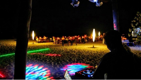 CELEBRATE NEW YEARS EVE IN MALDIVES