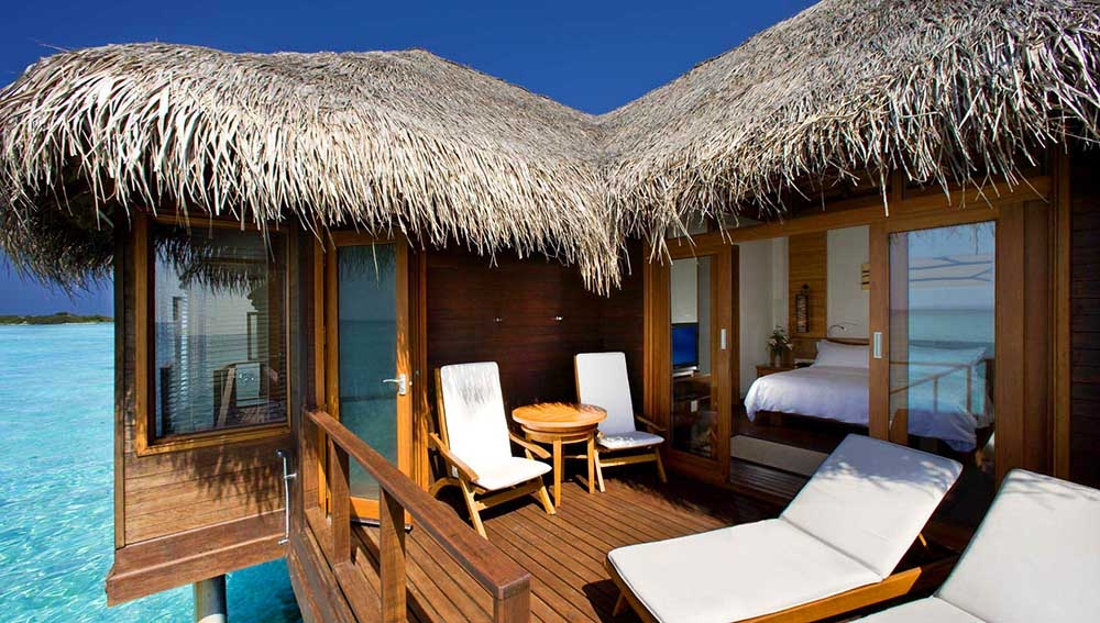 Club Water Bungalow