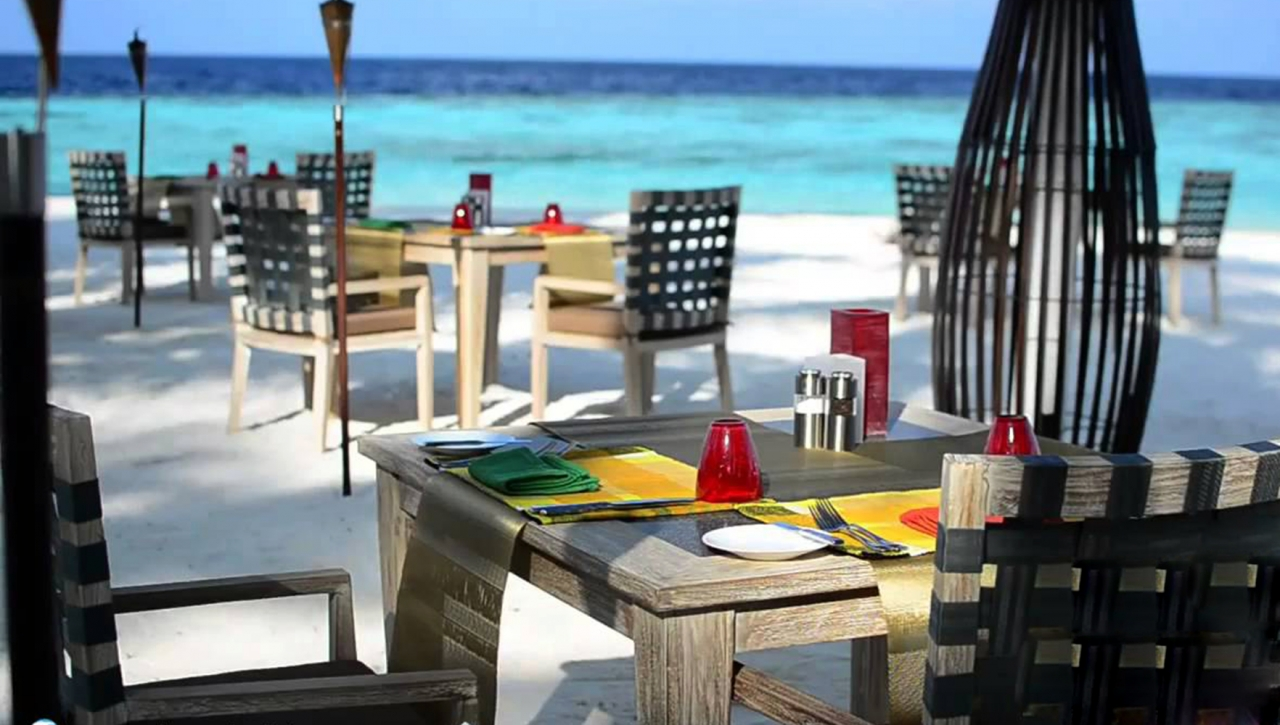 Jumeirah Dhevanafushi Maldives Resort & Spa