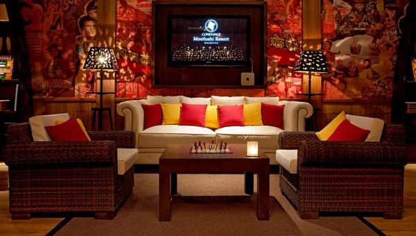Constance Moofushi  - Blue Lounge