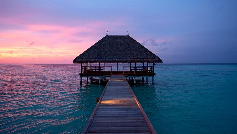 Constance Moofushi Resort & Spa