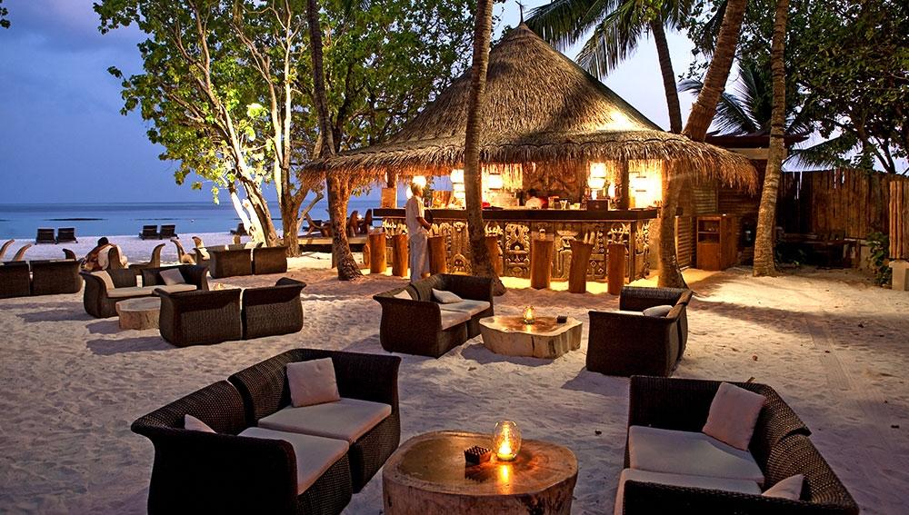 Tetem Bar Constance Moofushi Resort and Spa