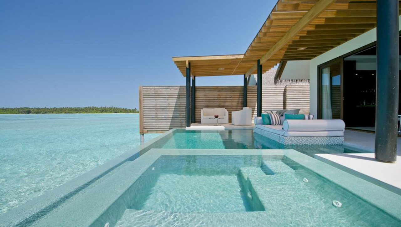 Deluxe Water Studios with Private Pool