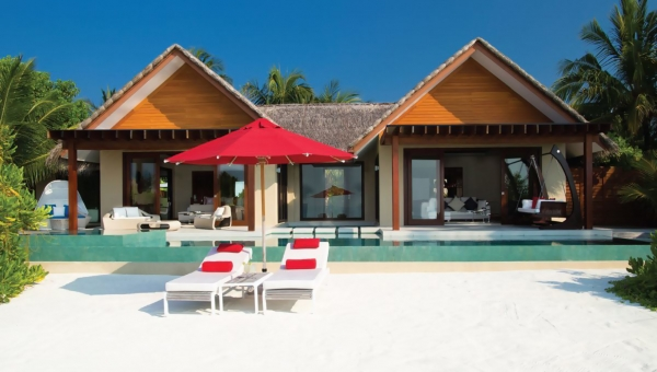 one-bedroom beach pavilion with private pool