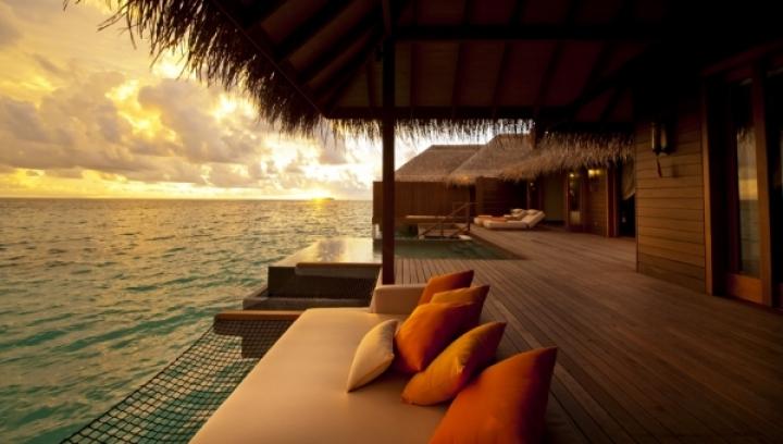 Sunset Ocean Suites