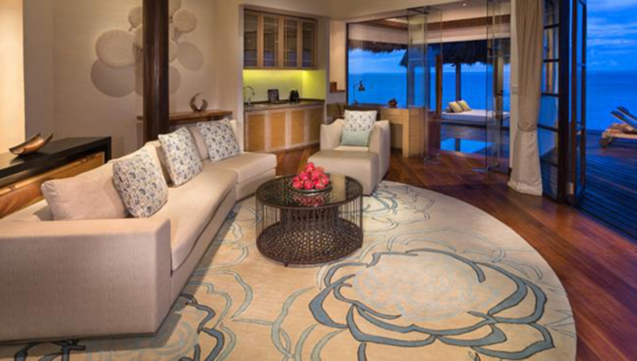 OCEAN SUITE WITH POOL