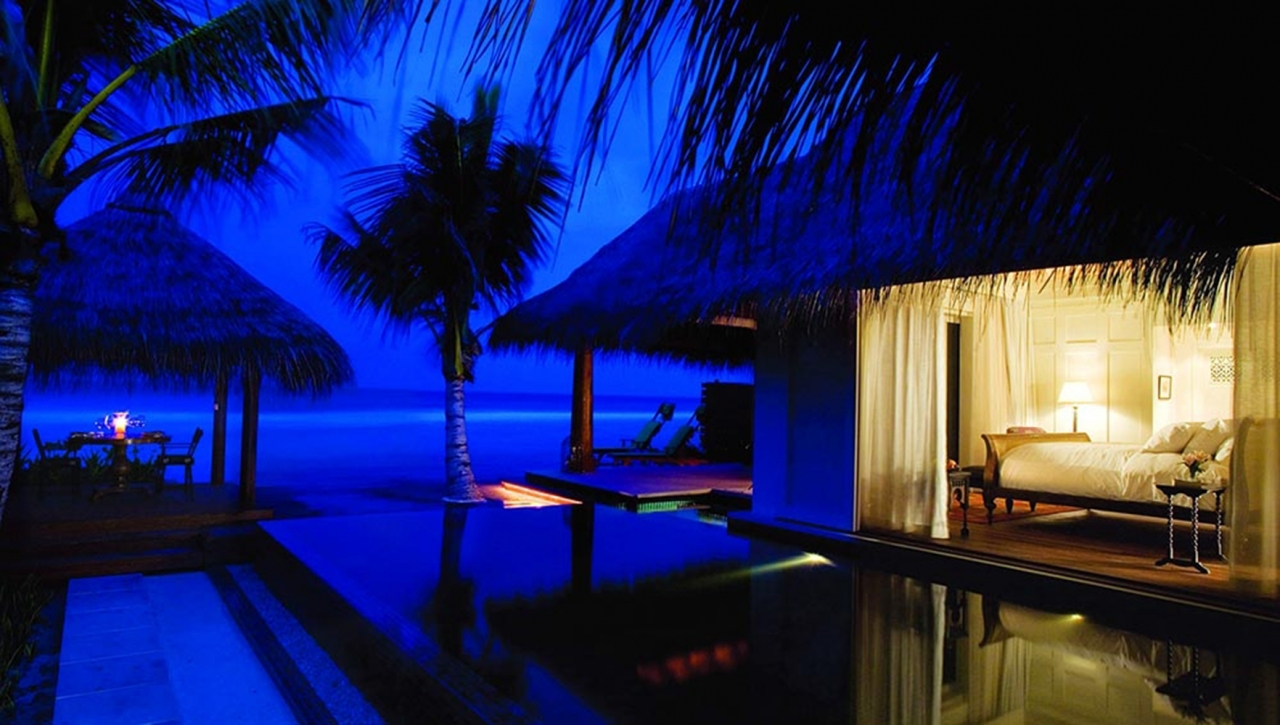 Naladhu Maldives Resort & Spa