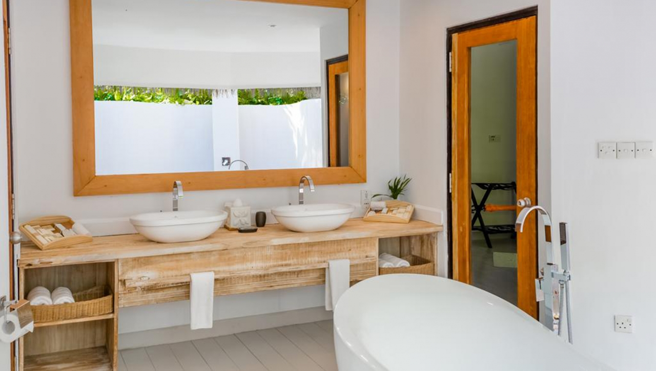 Kihaa Maldives Resort & Spa