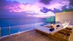 Lagoon House Sunset View