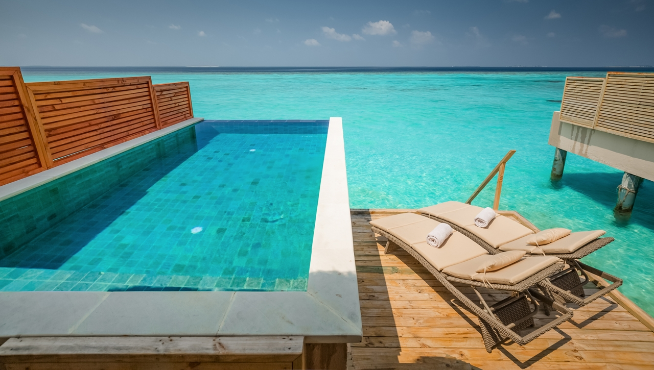 WATER VILLA WITH PRIVATE POOL