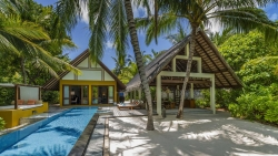 Family Beach Villa with Pool