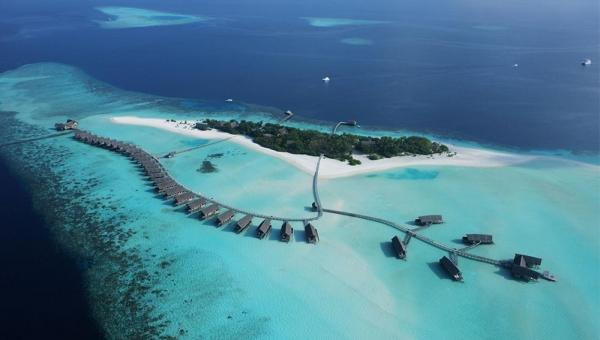 Cocoa Island Resort by COMO
