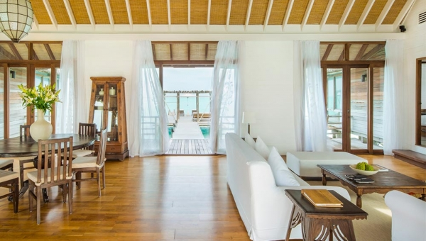 COMO VIlla Livingroom