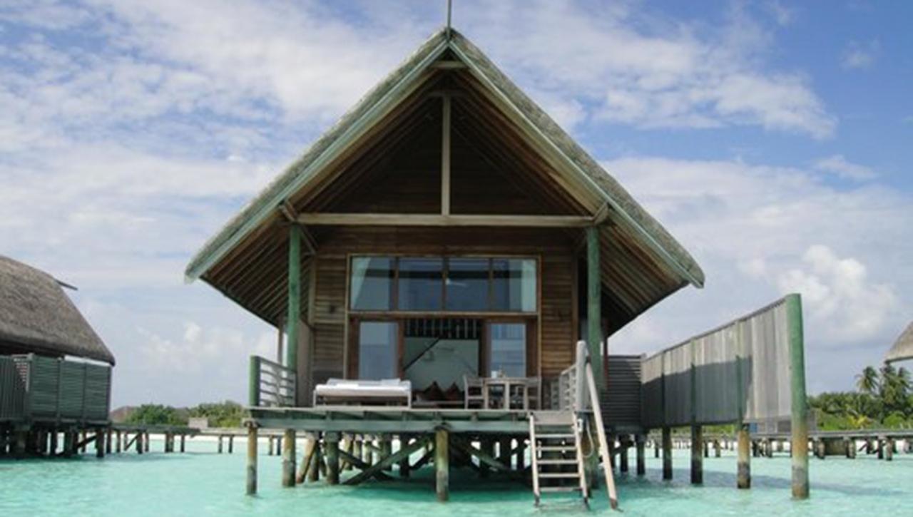 Cocoa Island Resort