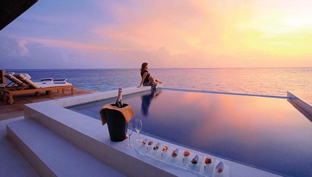 Sunset Water Suites - Deck