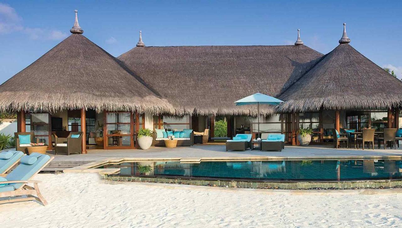 Four Seasons Kuda Huraa Maldives Resort & Spa