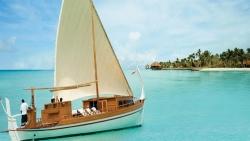 Traditional Dhoni sunset sailing