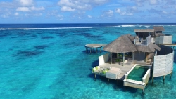 Laamu Water Villa with Pool