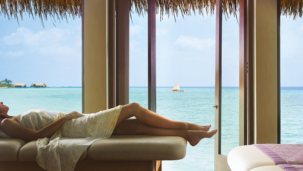 Hoona Herbal Massage