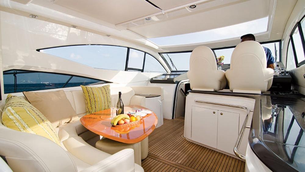 Luxury Speedboat Transfer