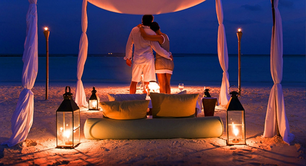 MALDIVES:THE PERFECT DESTINATION FOR YOUR LUXURY HONEYMOON.