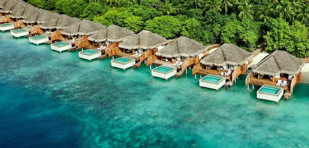 Luxury water villas: Discover yourself with luxury water villas in Maldives - the best water villa resorts